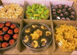 tradisi kue makanan di hari raya